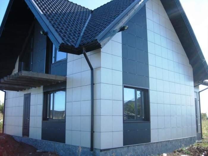 Фото фасада дома с отделкой фасадными кассетами