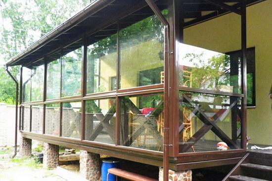 Просте ганок до будинку з полікарбонату - фото 4