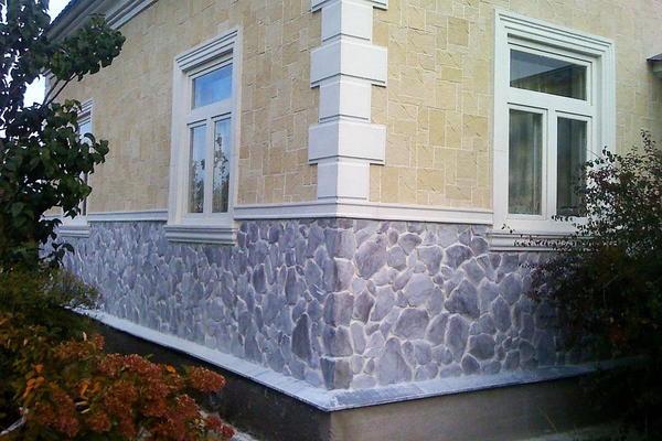 Імітація каменю на цоколі. Фото з сайту myshtukaturka.ru